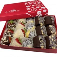Фрукти в шоколаді Банан, Ананас, Полуниця