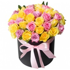 """Разноцветные розы в шляпной коробке """"Элиза"""""""