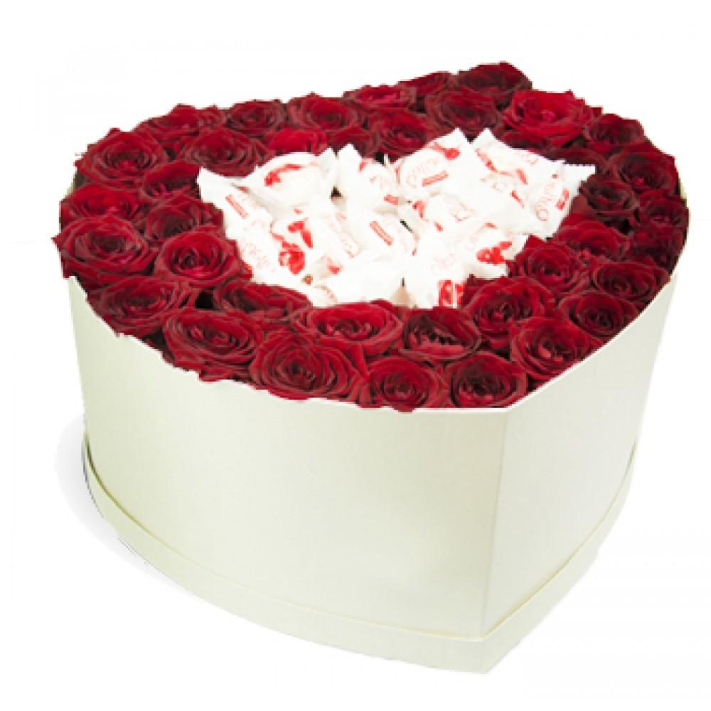 Розы, сердце и сладости