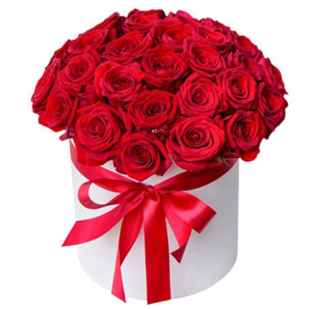 """Красные розы в шляпной коробке """"Страсть"""""""